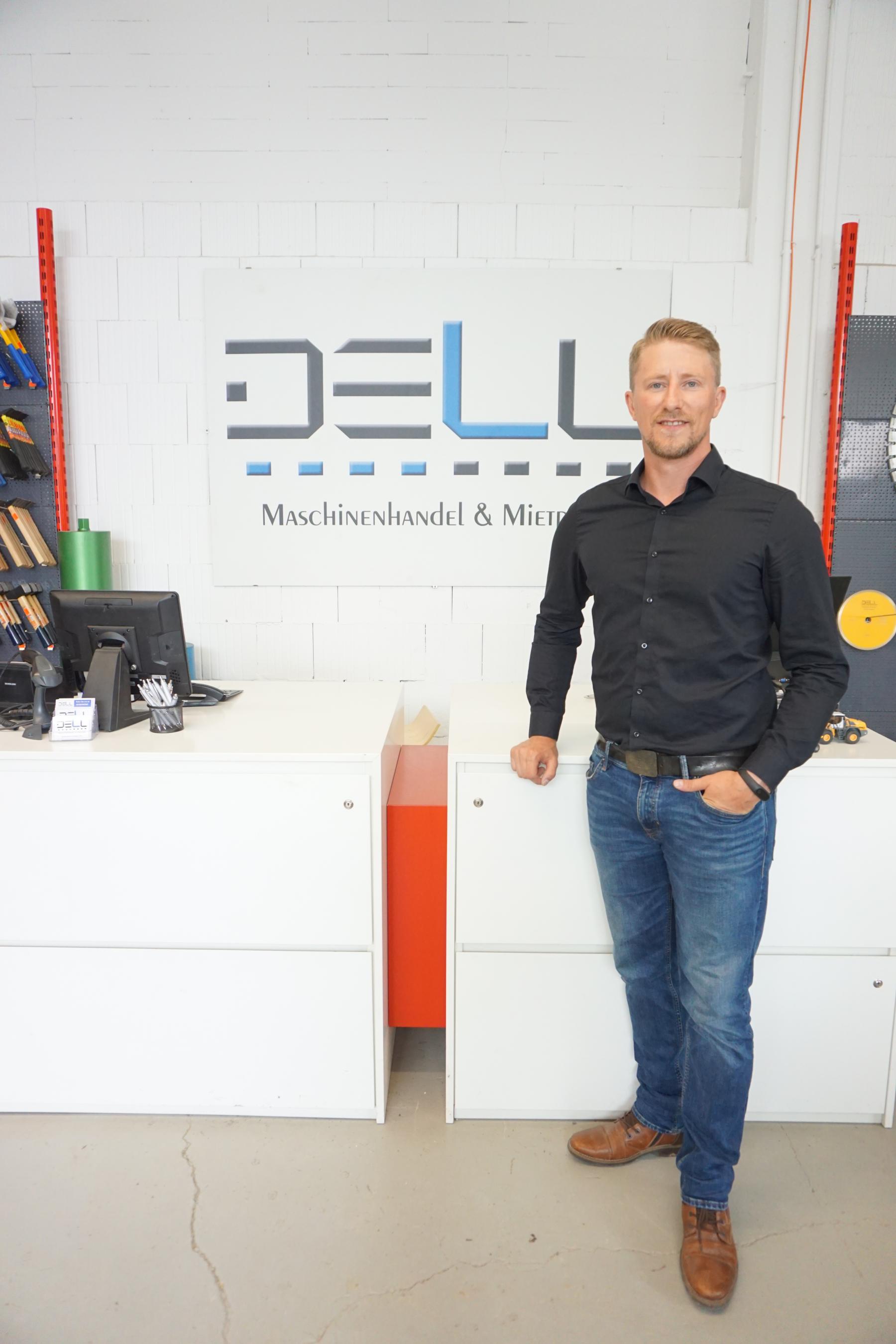 Filialleiter Mietpark Juri Schwezow Staatlich geprüfter Maschinenbautechniker